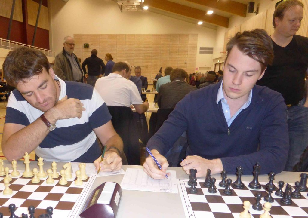 Gawain with GM Robin van Kampen (taking a break from his studies)